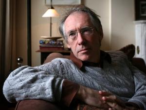 """Ian McEwan: autor de """"Reparação"""", um dos mais importantes romances da literatura inglesa"""