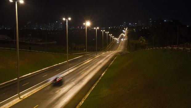 AGM quer reverter decisão que impõe às prefeituras pagamento pela iluminação das rodovias