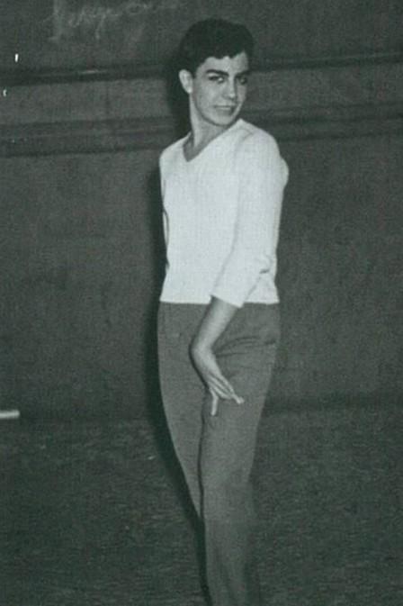 Rogéria aos 17 anos, quando ainda era Astolfo Barroso Pinto