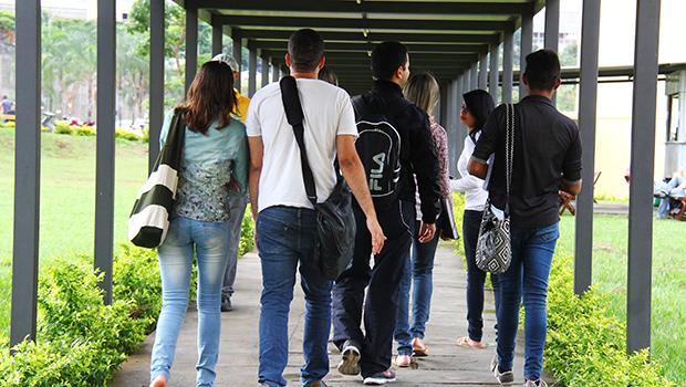 Em Goiânia, jovens aprendizes poderão ser contratados na administração pública