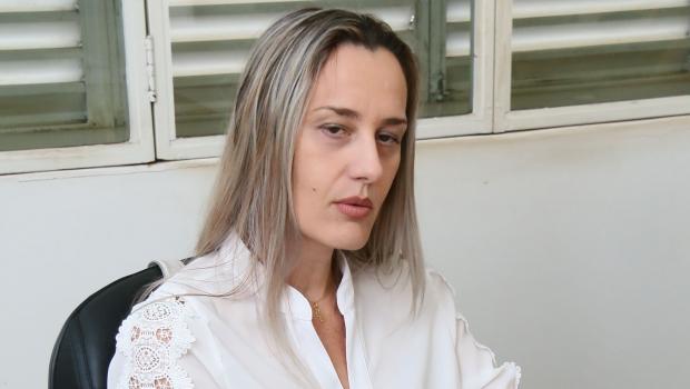 Pós-doutora Érika Kneib avalia que prioridade dada ao carro aumenta insegurança na cidade | Foto: Fernando Leite/Jornal Opção