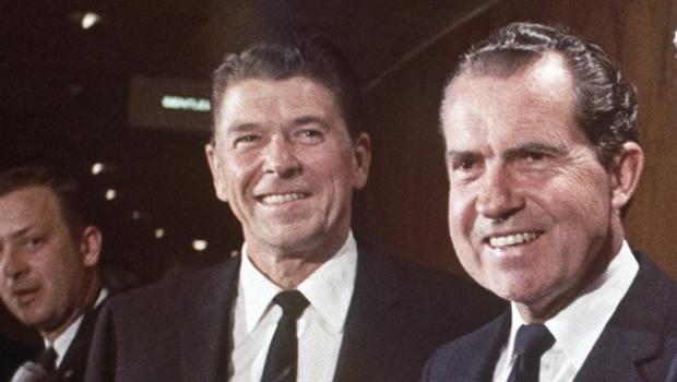 Reagan e Nixon: o 2º pediu que permanecesse no Partido Democrata para atrapalhar um candidato. Mais tarde, ele se tornou republicano