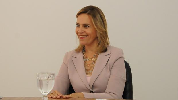 """""""Nós queremos cumprir combinado com Caiado"""", diz Lêda sobre Orçamento Impositivo"""
