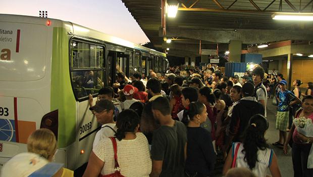 Prefeitos vão precisar de inovar na gestão para encarar falta de recursos e conseguir melhorar, por exemplo, o transporte coletivo | Foto: Danilo Bueno