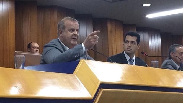 Paulo Garcia na Câmara de Goiânia, nesta sexta-feira (21) | Foto: Larissa Quixabeira
