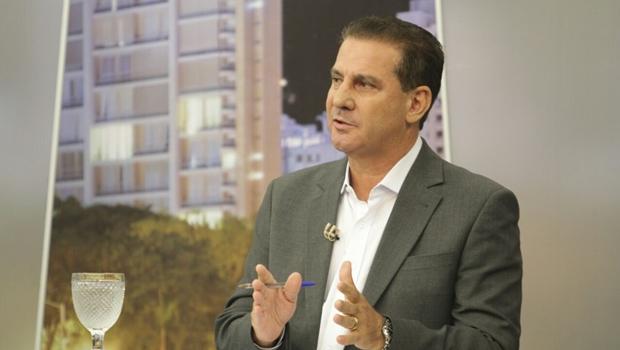 Vanderlan Cardoso, cotado para vice de José Eliton, manteria o PSB na base governista