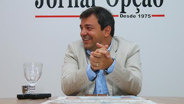 Vinicius Luz cuida da gestão e amplia aliança política em Jataí