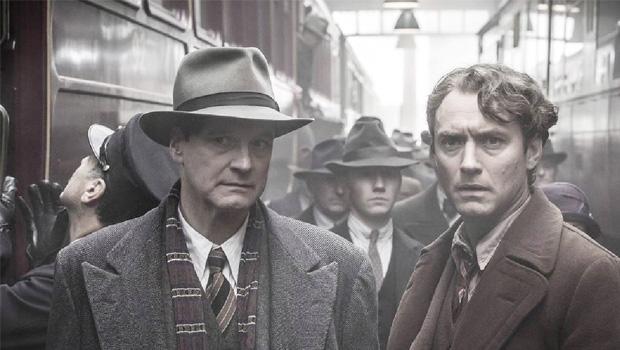 Colin Firth e Jude Law, atores ingleses, estão muito bem como Max Perkins e Thomas Wolfe. O escritor tinha quase 2 metros e pesava mais de 110 quilos, mas Law, embora menor, representa-o à altura. Firth está perfeito como o editor de ares aristocráticos
