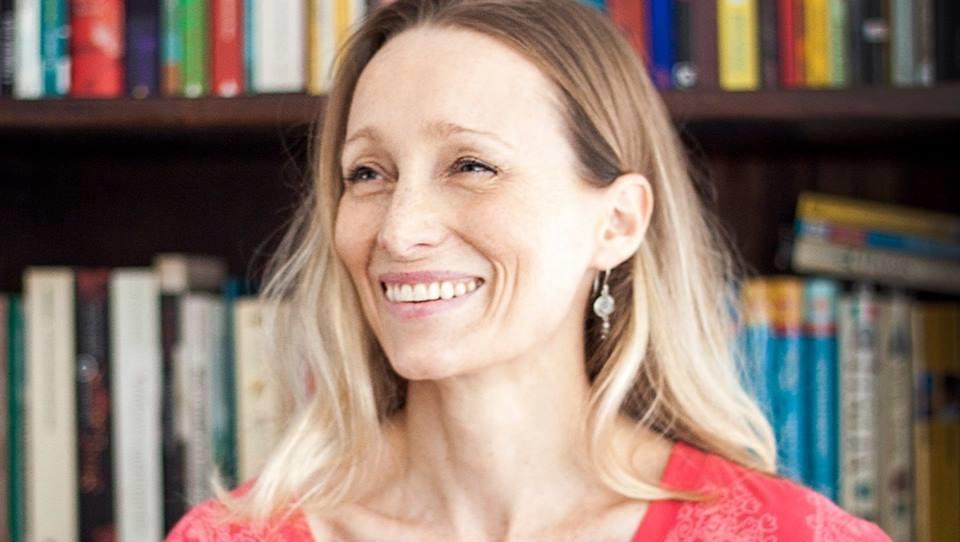 """Alison Entrekin consegue apoio financeiro e tradução de """"Grande Sertão: Veredas"""" para o inglês deve ser publicada"""