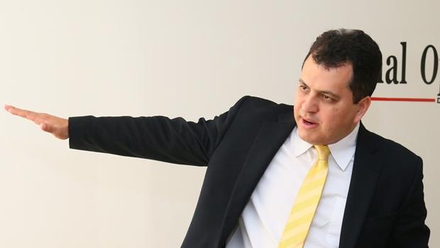 Agenor Mariano toma gosto por candidatura a senador e circula com Daniel Vilela