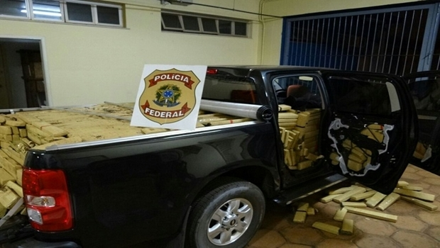 Um dos carros utilizados pela quadrilha para o transporte da droga. PF apreendeu mais de 10 toneladas | Foto: Reprodução PF