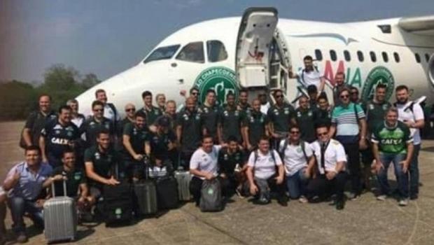 Antes de tragédia, jogadores da Chapecoense registraram viagem à Colômbia nas redes sociais