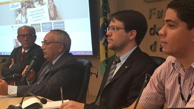 Em Brasília, presidente do FNDE faz compromissos com prefeitos goianos