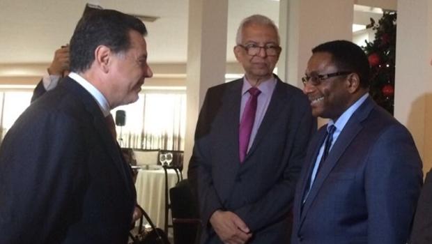 Governador Marconi Perillo (PSDB) e councillor de Toronto Sr. Michael Thompson.   Foto: Divulgação