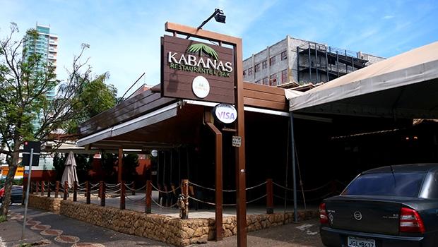 Há 12 anos no mercado, Kabanas Restaurante e Bar, do empresário Ricardo Siqueira, enfrenta queda de faturamento de 20%, briga judicial com bancos e o início da elaboração de um plano de recuperação judicial