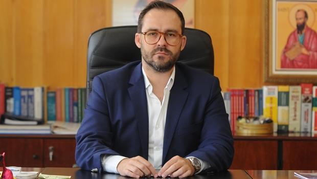 """Gestão Lúcio Flávio diz que eleição se ganha no voto, """"não em ações judiciais"""""""