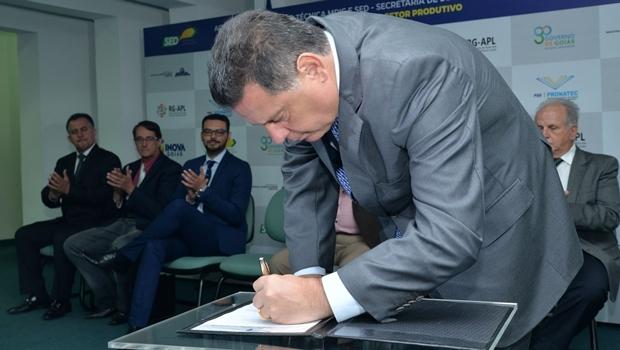 Marconi assina acordo com governo federal | Foto: Wagnas Cabral