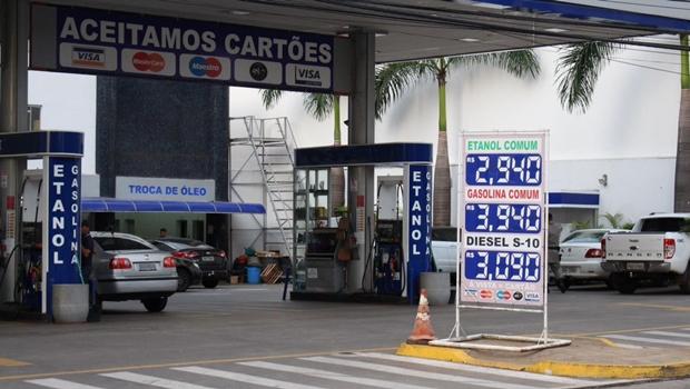 STF dá cinco dias para que governo explique aumento dos combustíveis