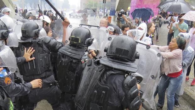 Pesquisa mostra que 70% dos brasileiros veem excesso de violência na ação das polícias