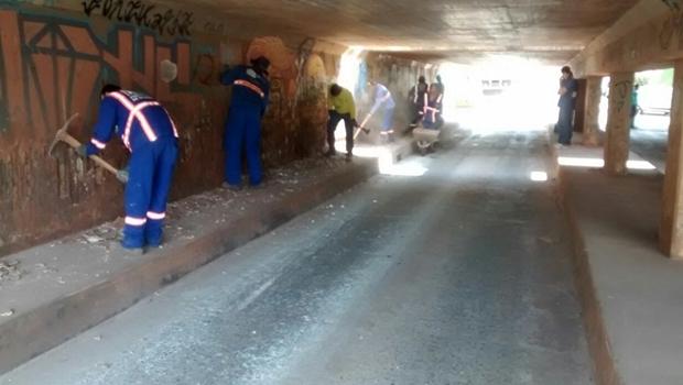 Seinfra realiza obras de manutenção do viaduto próximo ao Shopping Flamboyant | Foto: Reprodução Prefeitura de Goiânia