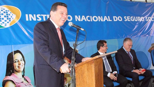 Governador e ministro inauguram nova agência do INSS em Goiânia