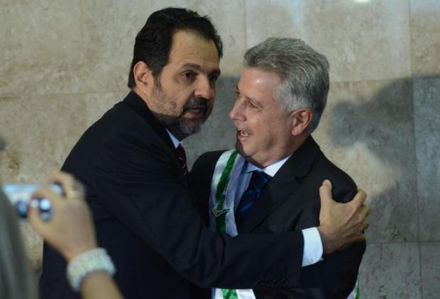 Agnelo Queiroz e Rodrigo Rollemberg: os dois deixam a impressão de que Brasília é ingovernável. Não é; a cidade-Etado só precisa de um gestor eficiente e que seja um político agregador