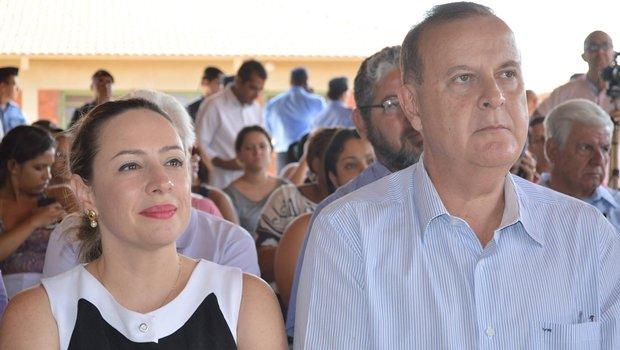 Adriana Accorsi e o prefeito Paulo Garcia