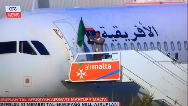 Sequestradores de avião libanês são detidos e pedem asilo ao governo de Malta