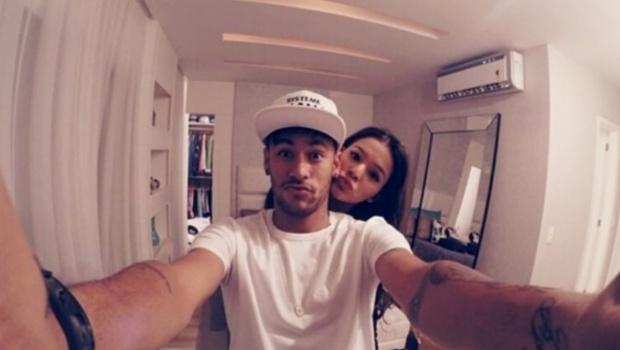 Neymar quer pedir Bruna Marquezine em casamento, diz jornal