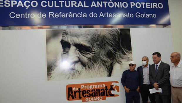 Marconi inaugura Centro de Artesanato em Goiânia