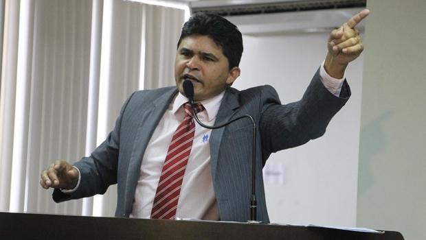 Major Negreiros foi preso no Aeroporto do Galeão pela Polícia Federal