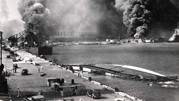 Pearl Harbor puxou os EUA para a guerra e selou o início do fim do totalitarismo alemão e japonês