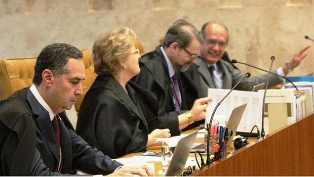 Luís Roberto Barroso e Rosa Weber (à frente na foto) foram dois dos ministros do STF a votar a favor do entendimento de que o aborto pode ser descriminalizado   Foto: Bruno Cunha/STF