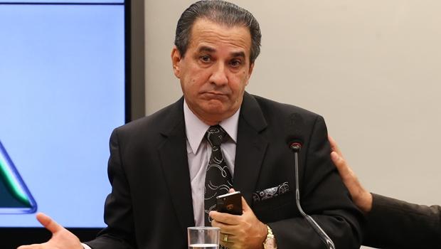 Justiça determina que Malafaia indenize Marcelo Freixo em R$ 15 mil