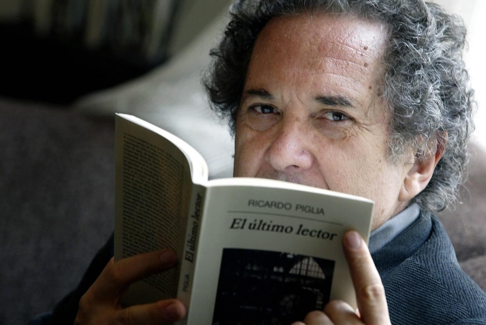 Morre o escritor argentino Ricardo Piglia, autor de Respiração Artificial