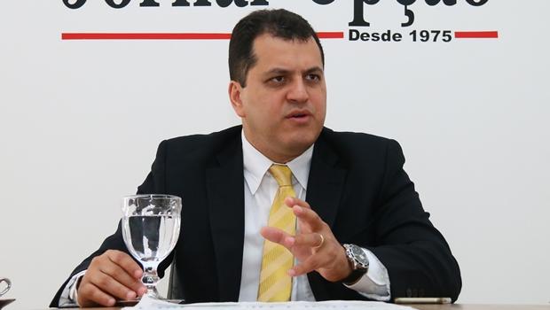 """Secretário diz que lotes vazios em Goiânia são """"poupanças"""" de pais de família"""