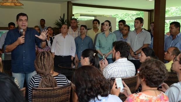 Amastha anuncia mudanças de secretários e estrutura das Pastas