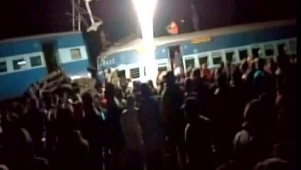 Acidente de trem deixa pelo menos 36 mortos na Índia