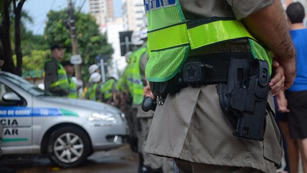 Justiça determina que fabricante substitua armas com defeitos da PM de Goiás