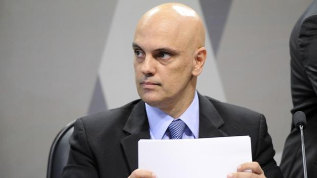 Moraes nega pedido da OAB para obrigar Rodrigo Maia a decidir sobre impeachment