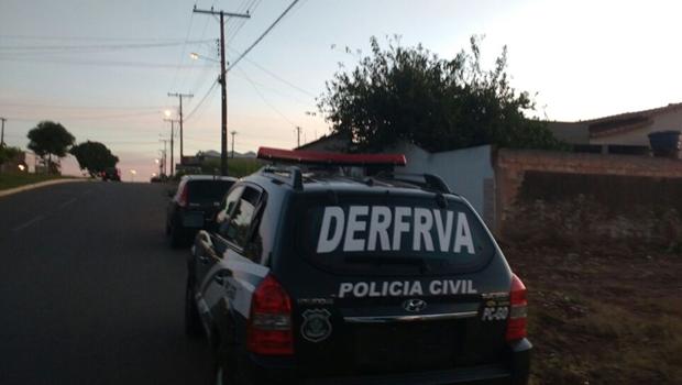 Polícia Civil deflagra operação contra quadrilha especializada em roubo de carros em Goiânia