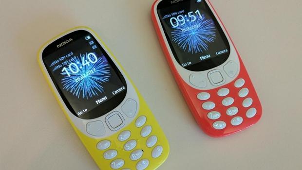 """Nokia relança o """"indestrutível"""" 3310 com bateria que pode durar até um mês"""