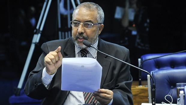 Senador propõe inclusão de pequenas empresas de transporte no Simples Nacional