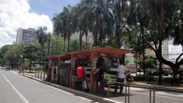 Da forma como está sendo feito, BRT é mesmo um trambolho de concreto