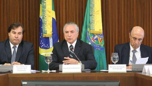 Instabilidade política pode travar recuperação econômica do Brasil