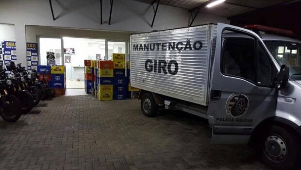 Polícia fecha armazém clandestino de falsificação de cervejas