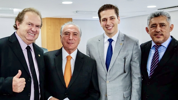 Mauro Carlesse cumpre agenda em Brasília