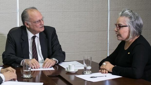 Dona Íris representa prefeito de Goiânia em audiência com ministro de Temer