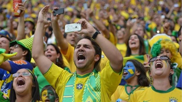 Brasileiro diz preferir eleger candidato a presidente do que ver Brasil hexa