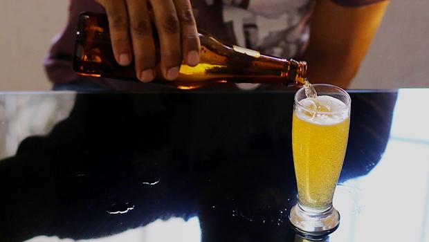 Projeto pode proibir propagandas de bebidas alcoólicas em Goiás
